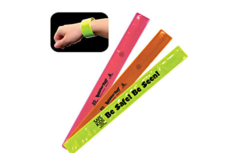 OEM Accepted Reflective Slap Bands Convenient Carrying No Harm To Human